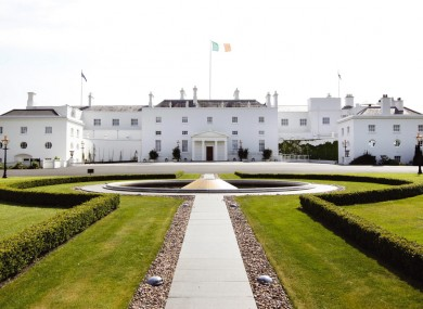 Brian Cowen will travel to Áras an Úachtaráin on Tuesday to seek the dissolution of the Dáil.