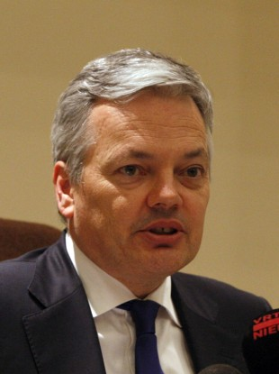 Belgium's finance minister Didier Reynders: the country will tomorrow have gone 250 days without a government, a new world record.