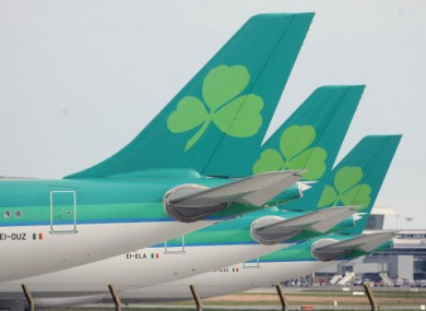 The report recommends selling the state's Aer Lingus shares.