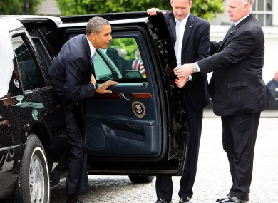 Obama steps out of his limousine at the Áras earlier today.