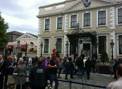 The scene outside Mansion House in Dublin today as the public pay their respects to Garret FitzGerald who died on Thursday.