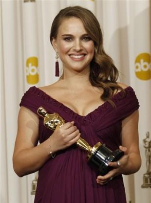 Natalie Portman with her Oscar in February.