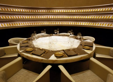 9 luxurious getaways for the bank holiday weekend we can for Best private dining rooms dubai