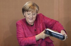 Merkel warns against Greek default – but says 'firewall' is needed