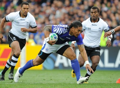 Tuilagi, gumshield and all, in full flight.