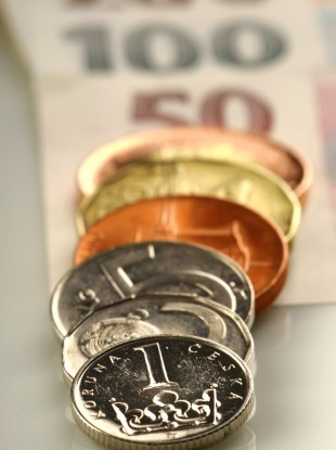 A staff member at the CNB used her advance knowledge of a legal switchover regarding old banknotes to make a personal profit of over €4,000.