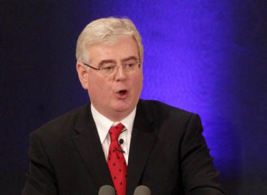 Eamon Gilmore has suggested that gender quotas are required in the Dáil