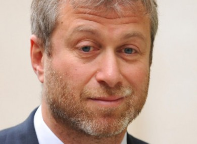 Chelsea FC owner Roman Abramovich leaves the Royal Courts of Justice yesterday.