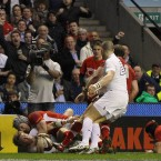 Wales' Triple Crowning glory was based on their defence. And central to that were the two flankers - not least with this last ditch mauling by Lydiate to deny Strettle an easy touchdown.<span class=