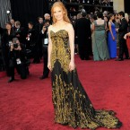 She may not have won the Oscar but Jessica Chastain stole the show on the Red Carpet. 