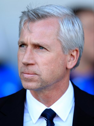 Newcastle boss is keen on Swansea's playing style.