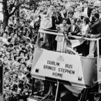 1987: Tour de France winner Stephen Roche is given a hero's welcome in Dublin as he travels in an open-top bus along a packed O'Connell Street. An estimated 250,000 people lined the street 20 deep to watch the 27-year old Dubliner, who conquered the world's top bikers, be driven in triumph through his native city.  Image: PA/PA Archive/Press Association Images