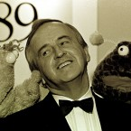 Zig and Zag with Fianna Fáil TD Albert Reynolds at the Television Awards in 1989.   Image: Photocall Ireland
