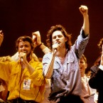 Bob Geldof leads the final song of the evening with George Michael, David Bowie and Bono on 13 July 1985  Image: PA/PA Archive/Press Association Image