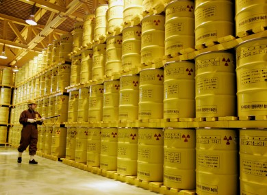 A worker checks the radioactivity of drums containing nuclear waste at Yeongwang nuclear plant (File photo)