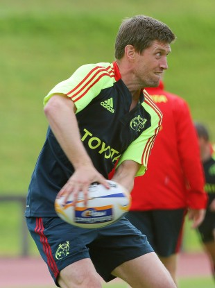Ronan O'Gara returns for another season with Munster.