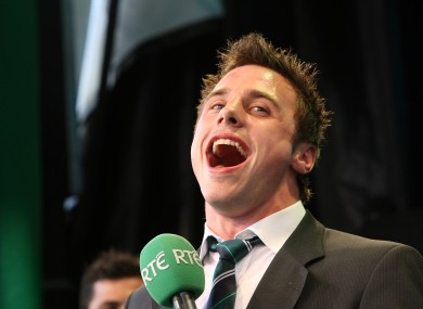 Bowe sings a lovely ditty at the Grand Slam homecoming in 2009.