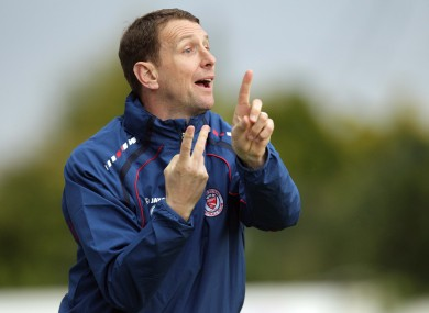 Ian Baraclough's Sligo will face Derry City in their first match as defending champions.