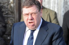 Irish Mail on Sunday apologises to Brian Cowen over California picture