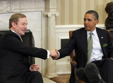 Taoiseach Enda Kenny shakes hands with US President Barack Oba