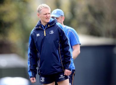 Joe Schmidt observes a Leinster training session.