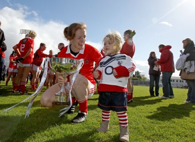 Cork's Ann Marie Walsh and her niece Megan with the trophy.