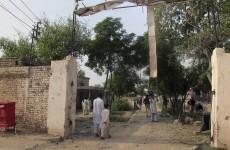 "Hundreds of prisoners, including ""hardcore militants"" escape from Pakistan jail"