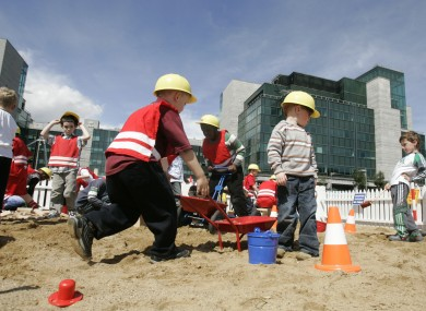 Children playing at the urban beach at the IFSC in 2008.