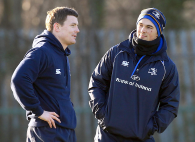 Brian O'Driscoll and Eoin O'Malley have a chat at a Leinster training session.
