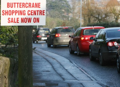 Shoppers from the Republic of Ireland queuing to to get into Newry in December 2008.