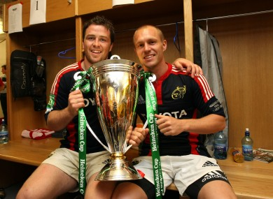Marcus Horan and Paul Warwick pose with the Heineken Cup in 2008.