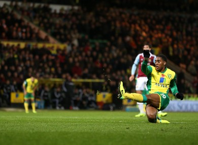 Norwich City's Leroy Fer scores his side's third goal of the game.