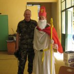 Lt Col Stephen Ryan and St Nick at the Irish contingent in Mali who are serving with the EU Training Mission there.<span class=