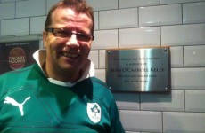 Dublin pub erects plaque to rugby hero… above the urinals