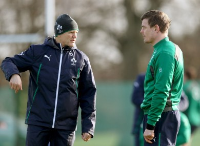 Schmidt chats with Brian O'Driscoll during Ireland training.