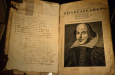 Man gets brilliant revenge on Gumtree fraudster by texting him entire works of Shakespeare
