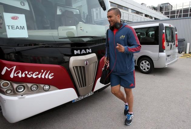 Simon Zebo arrives in Marseille