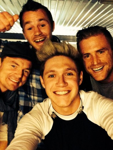 The Irish rugby lads went to see One Direction – and of course there was a selfie