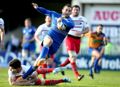 Dave Kearney dashes over for his second-half try.