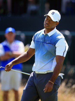 Woods was frustrated by phones ringing and cameras clicking.