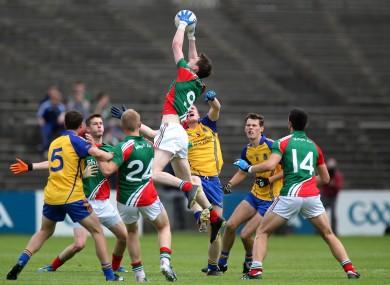 Mayo's Matthew Ruane and Ronan Raftery of Roscommon.
