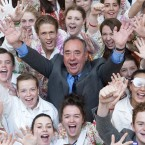 Scotland's First Minister Alex Salmond meets youngsters during a visit to the Scottish Youth Theatre in Glasgow.  Photographed by: Jane Barlow <span class=