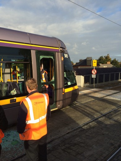 "Rush-hour Luas cleared after ""loose stone"" causes door to smash"