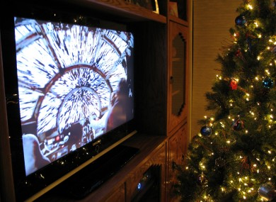 what to watch on tv tonight tuesday the daily edge - Christmas Shows On Tv Tonight