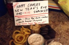 This man's attempt at thwarting his friends' New Year's kisses is hilariously petty