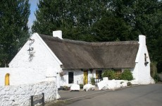 Hey world, here are Ireland's oldest pubs that you should definitely visit