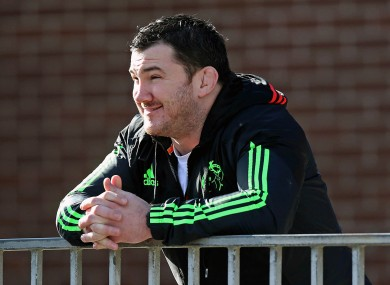Varley watches his former Munster team-mates train today.