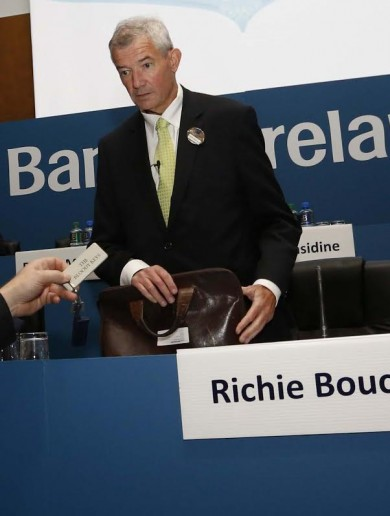 """Brian O'Donnell hands """"The Bloody Keys"""" of Gorse Hill to Bank of Ireland boss"""