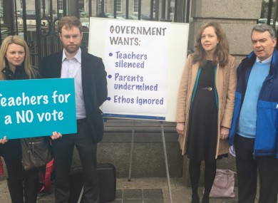 Teachers for No outside Leinster House today