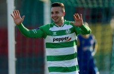 5 goals and 2 red cards as Hoops close the gap with comfortable win